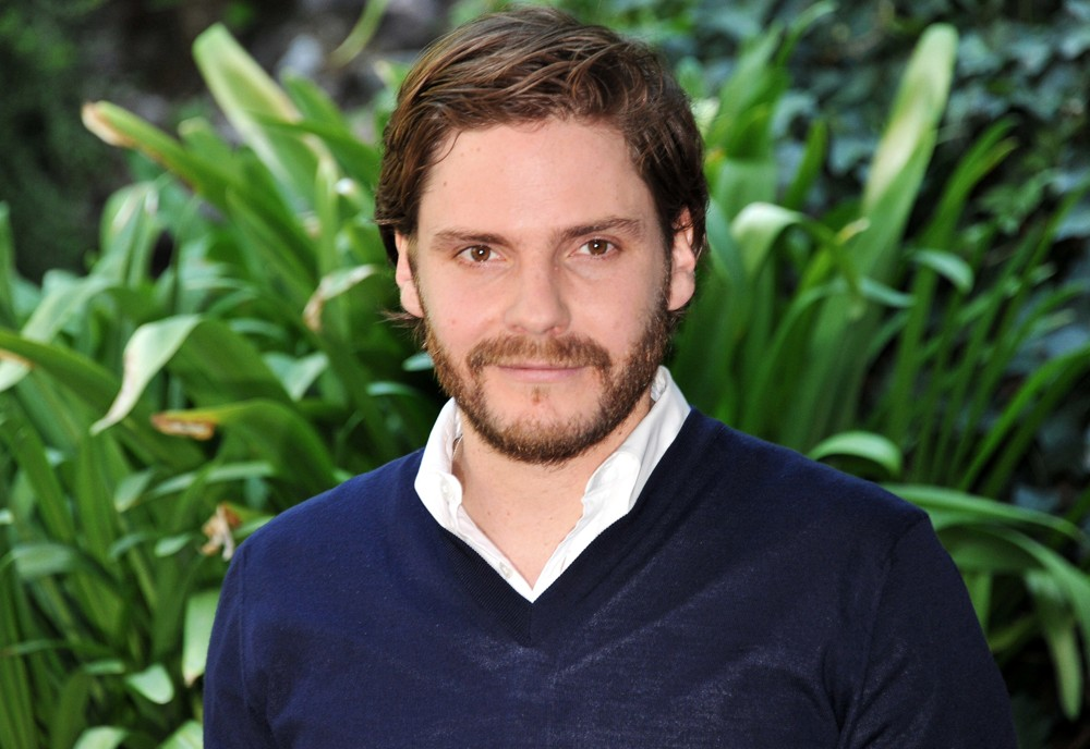 Season 3. Episode 7: Daniel Bruhl. – The As You Watch Podcast
