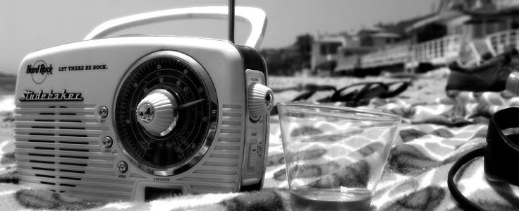 beach-radio1